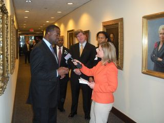 Kasim Reed at AJC HQ presser
